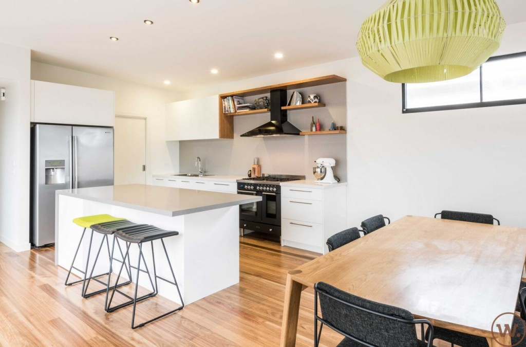 Kitchen pantry laundry renovation newport kitchen for Kitchen designs melbourne